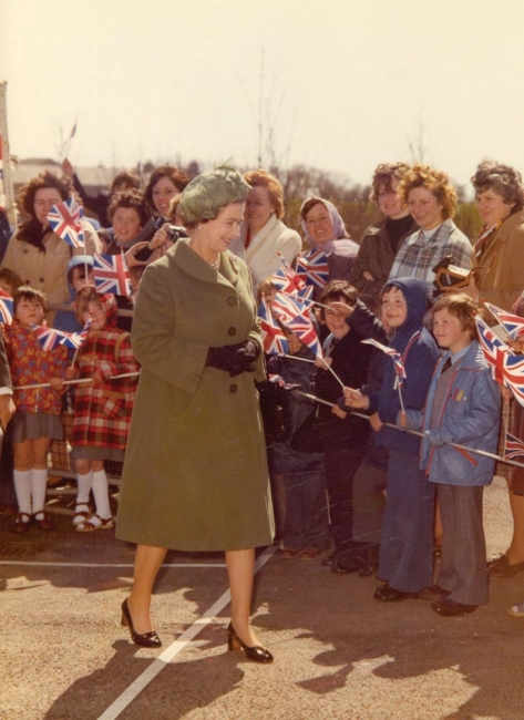Queen Elizabeth inaugurates the St Fergus gas terminal on 09 May 1978